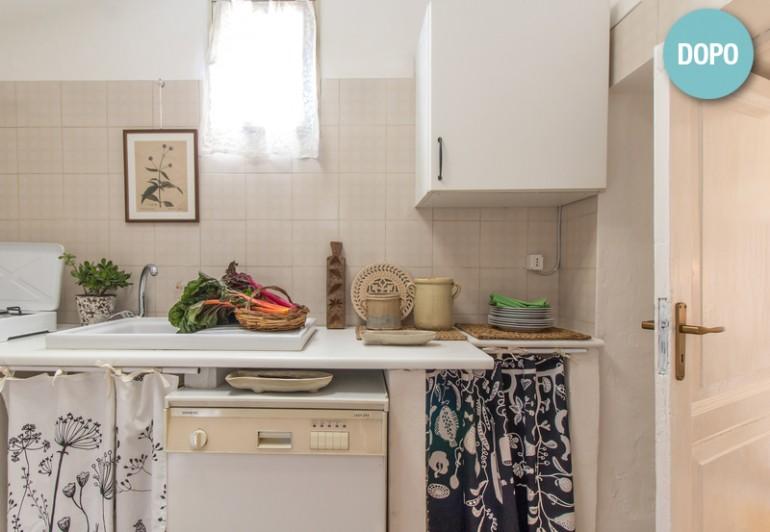 La cucina, attrezzata per piccoli pasti e colazioni.